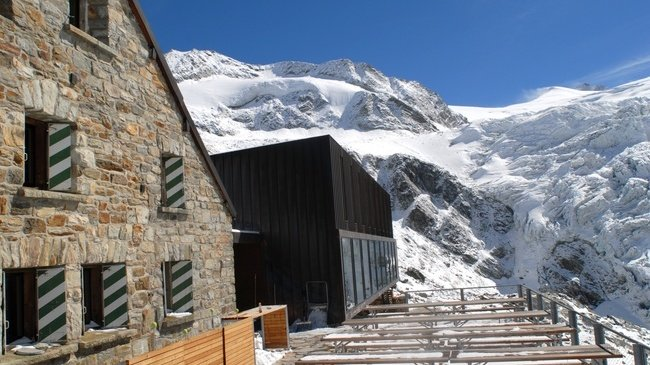 Des travaux d'insonorisation «anti-ronfleurs» à la cabane de Moiry (2'825 m)